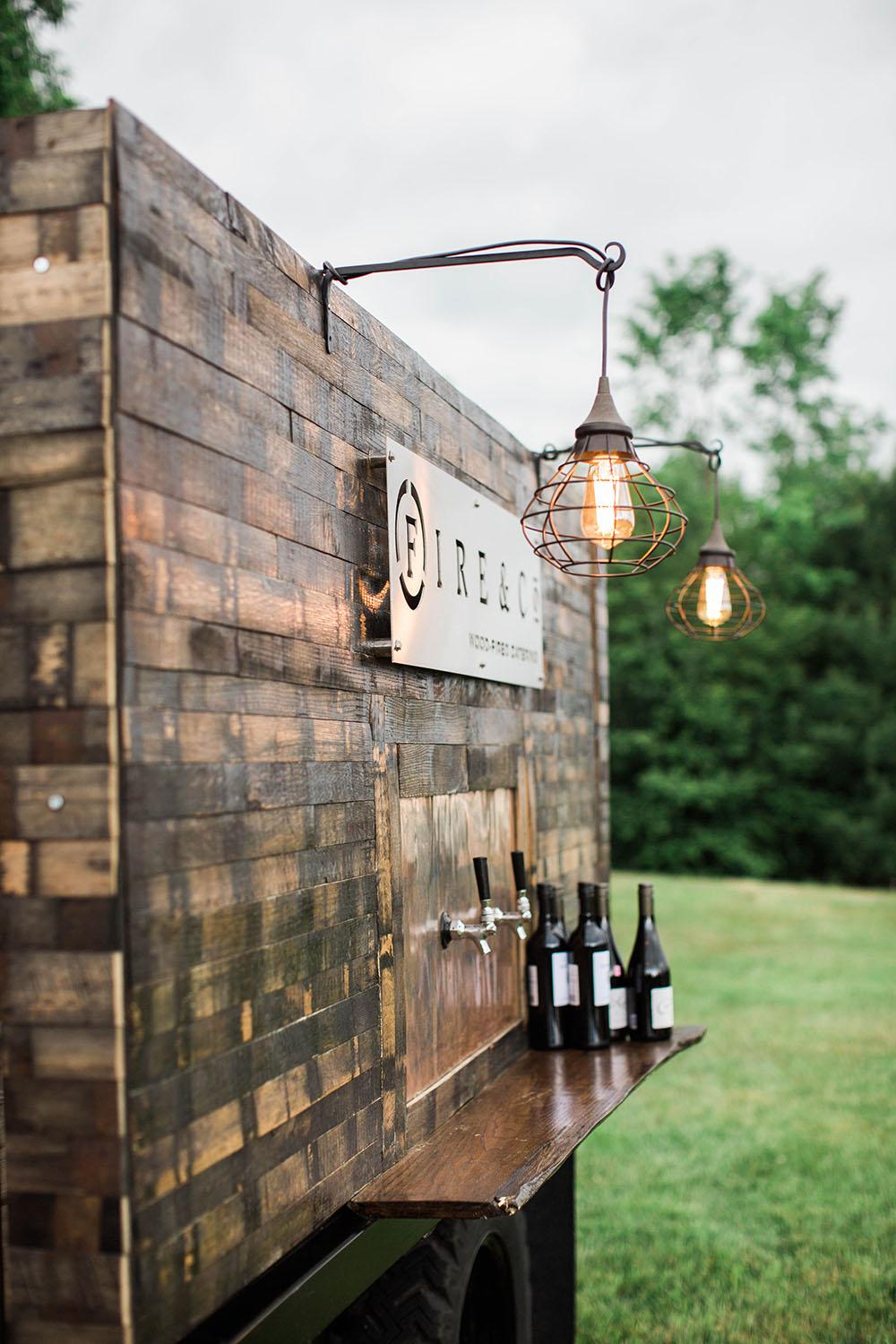 modern-farm-wedding-inspiration-the-event-light-pros-12