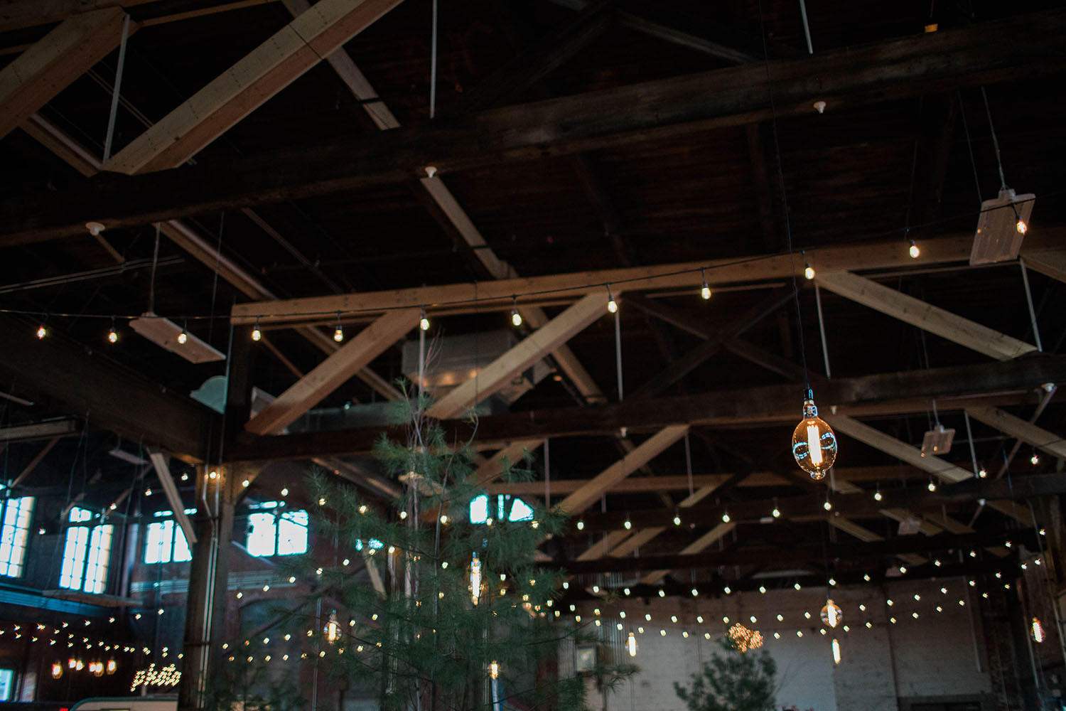 maine-event-lighting-at-thompsons-point-15